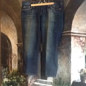 LIKE NEW CROPPED LUCKY JEANS